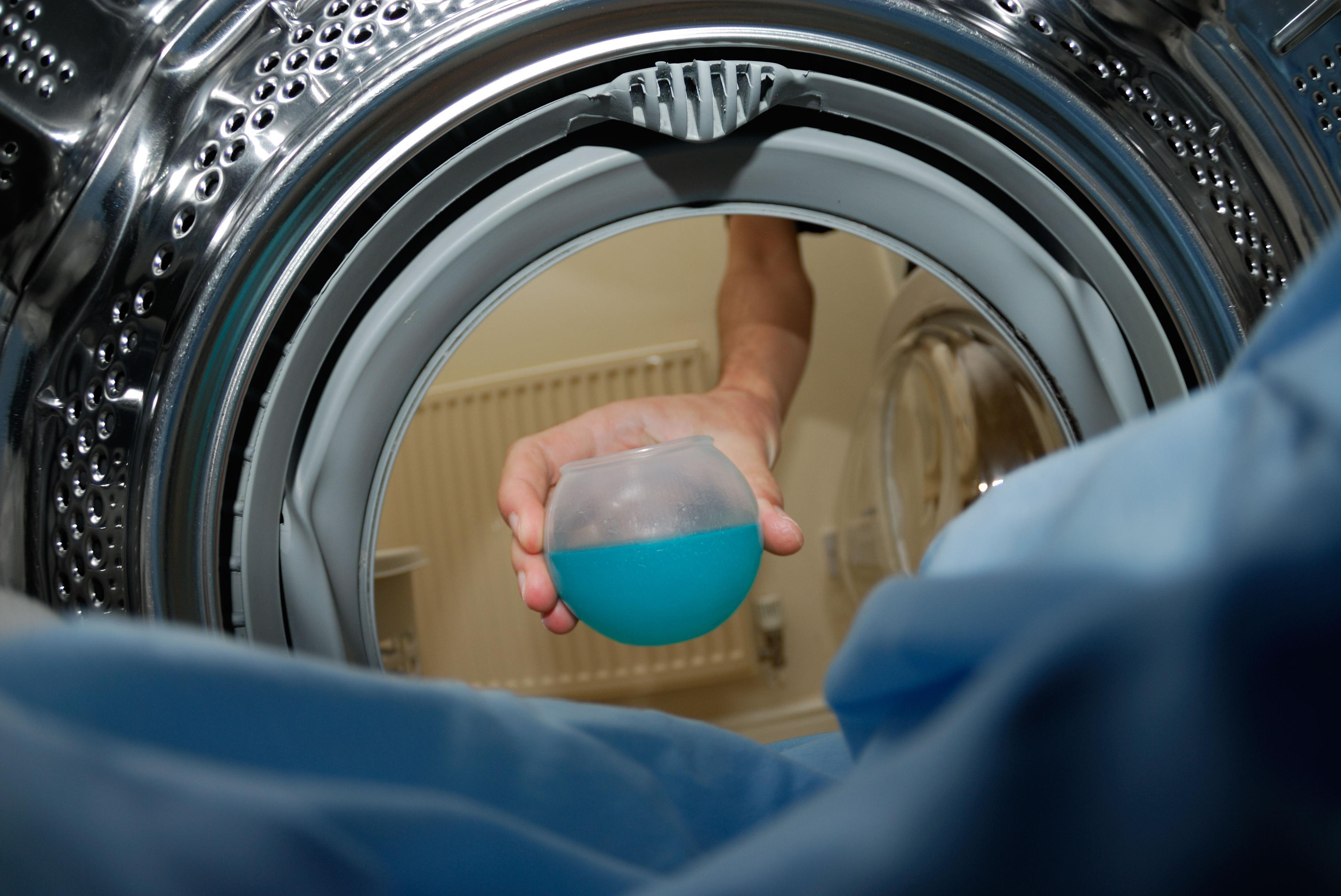 Добавление моющего средства