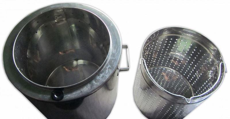 Для изготовления воскотопки понадобится барабан СМА