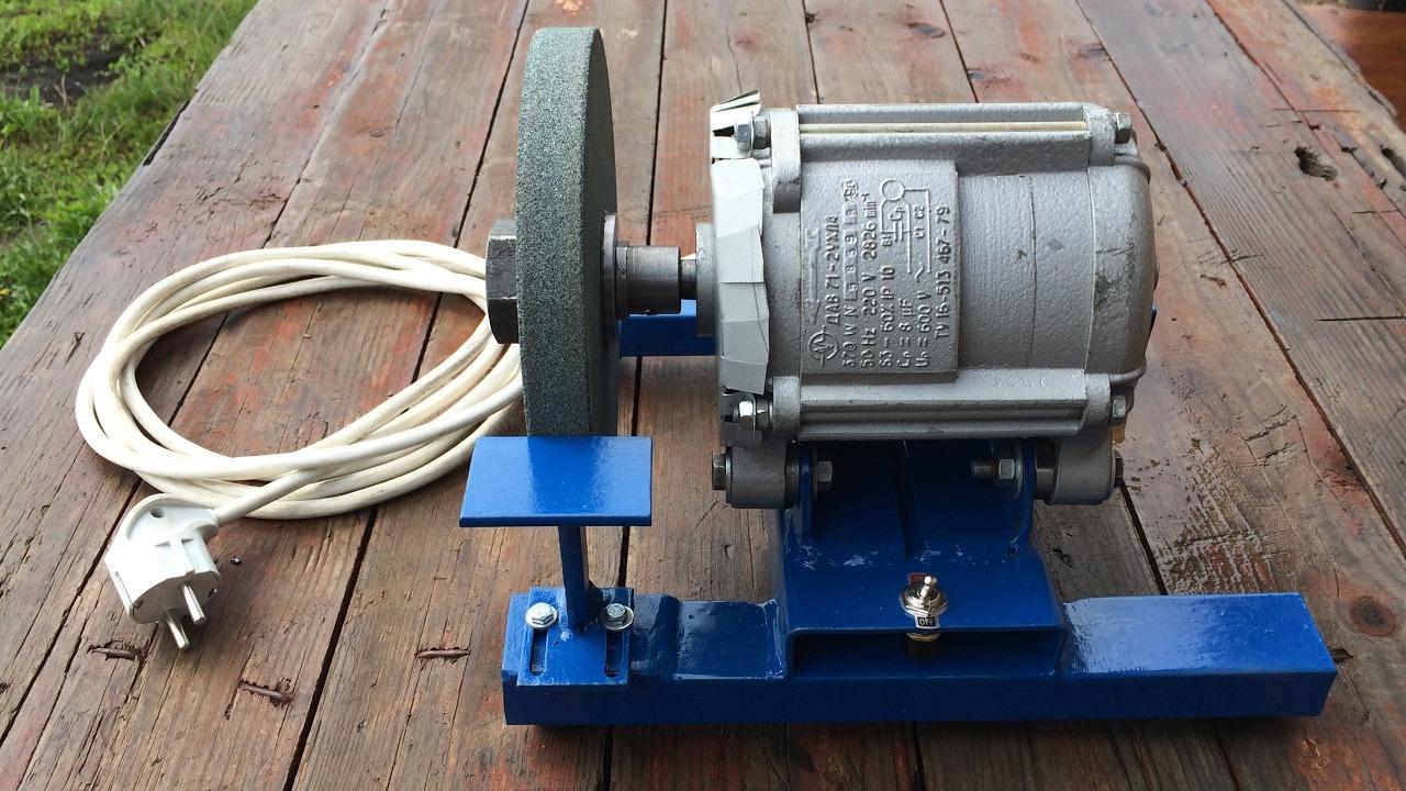 Самодельный наждачный станок из двигателя стиральной машины