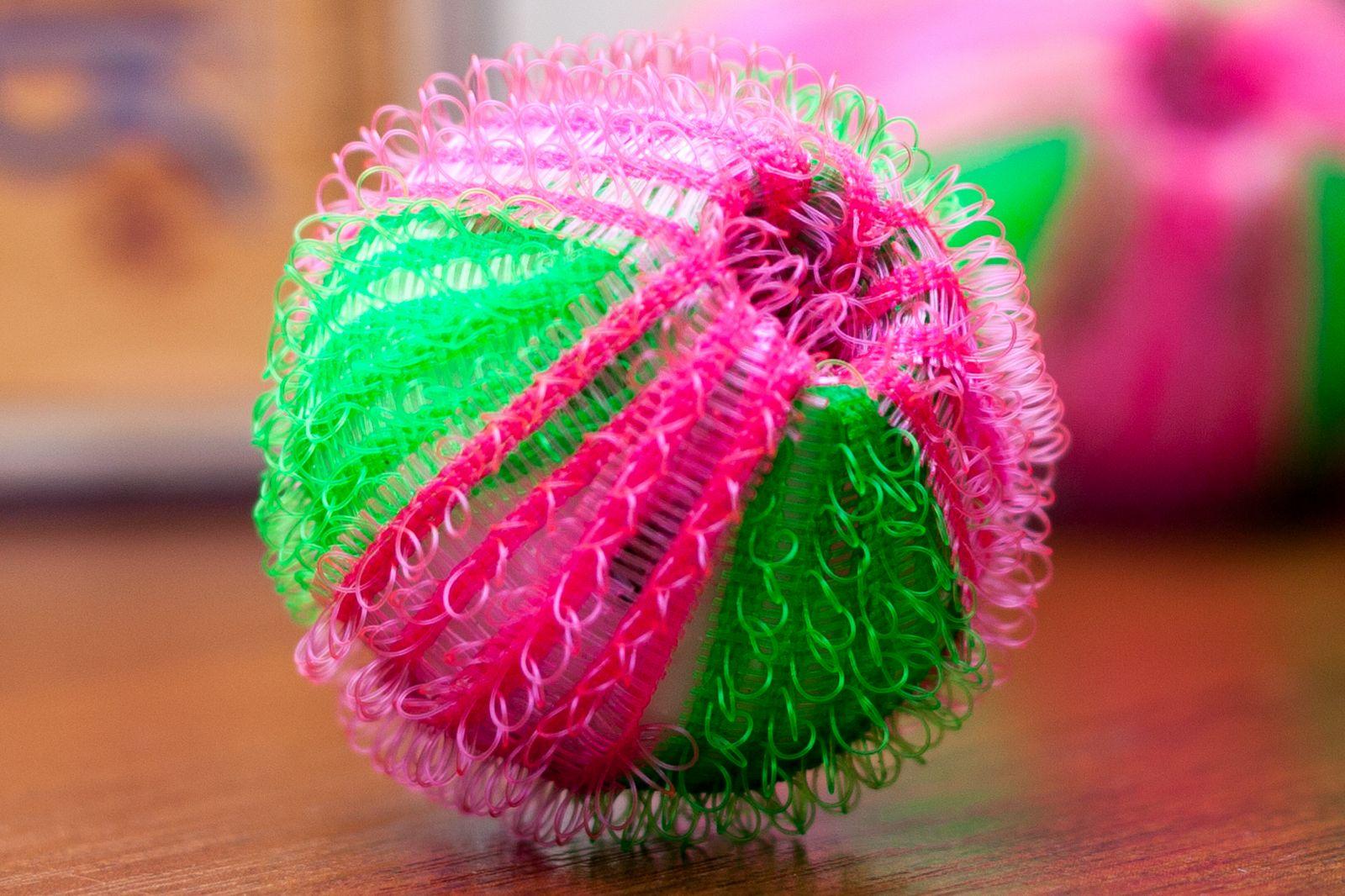 Стиральные шарики против катышков