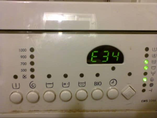 Индикация ошибки на дисплее стиральной машины