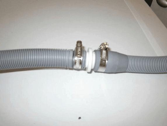 Муфтовое соединение сливного шланга