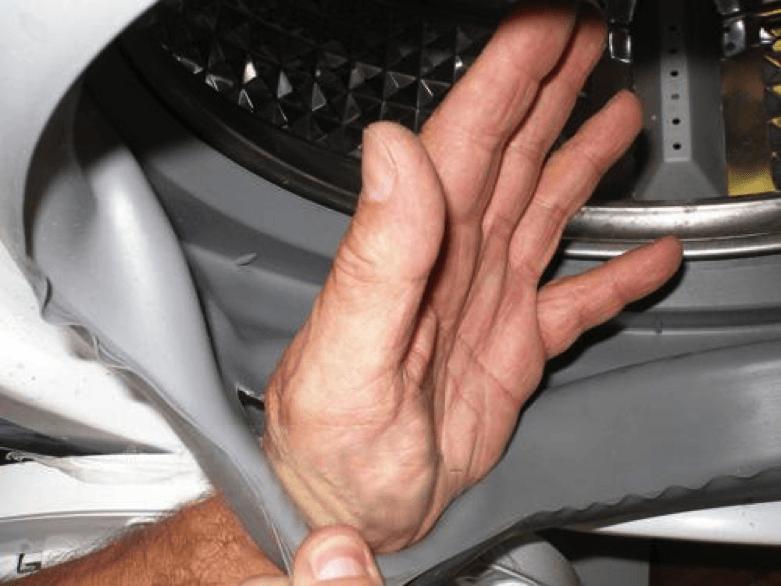 Повреждение уплотнительной манжеты