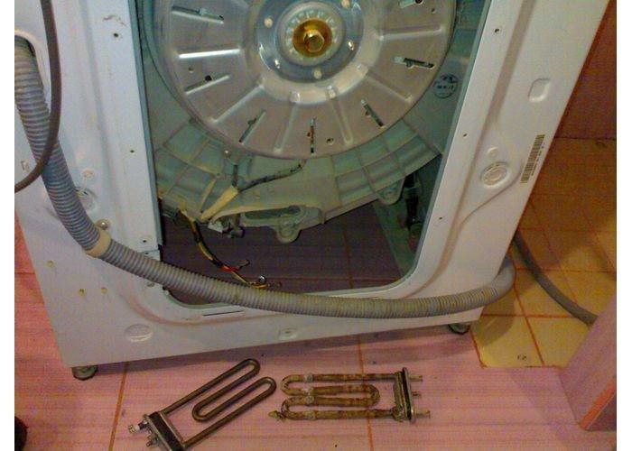 Стиральная машина LG без задней стенки