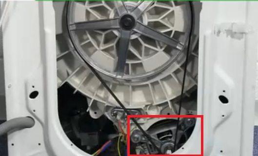 Место установка двигателя СМА