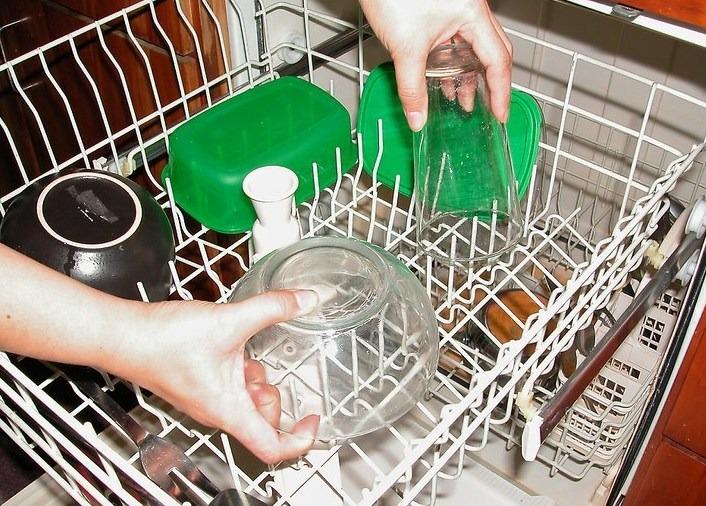 Выемка посуды из ПММ