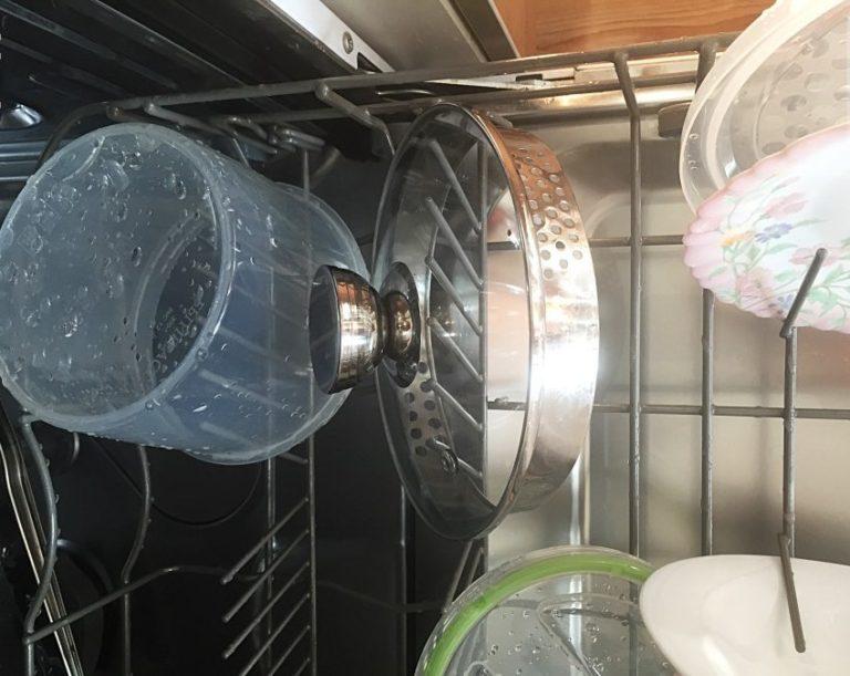 Плохо отмытая посуда в ПММ