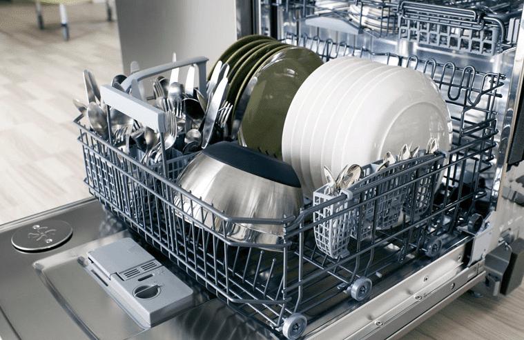 Правильно загруженная посуда в ПММ