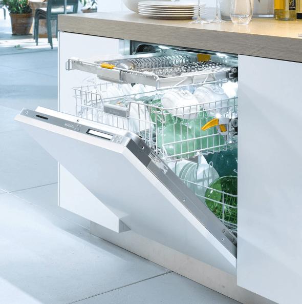 Посудомоечная машина бренда Miele