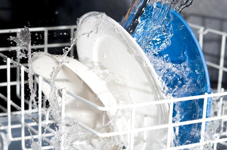 Мойка посуды в ПММ