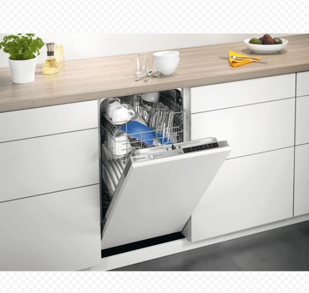 Бытовая посудомоечная машина