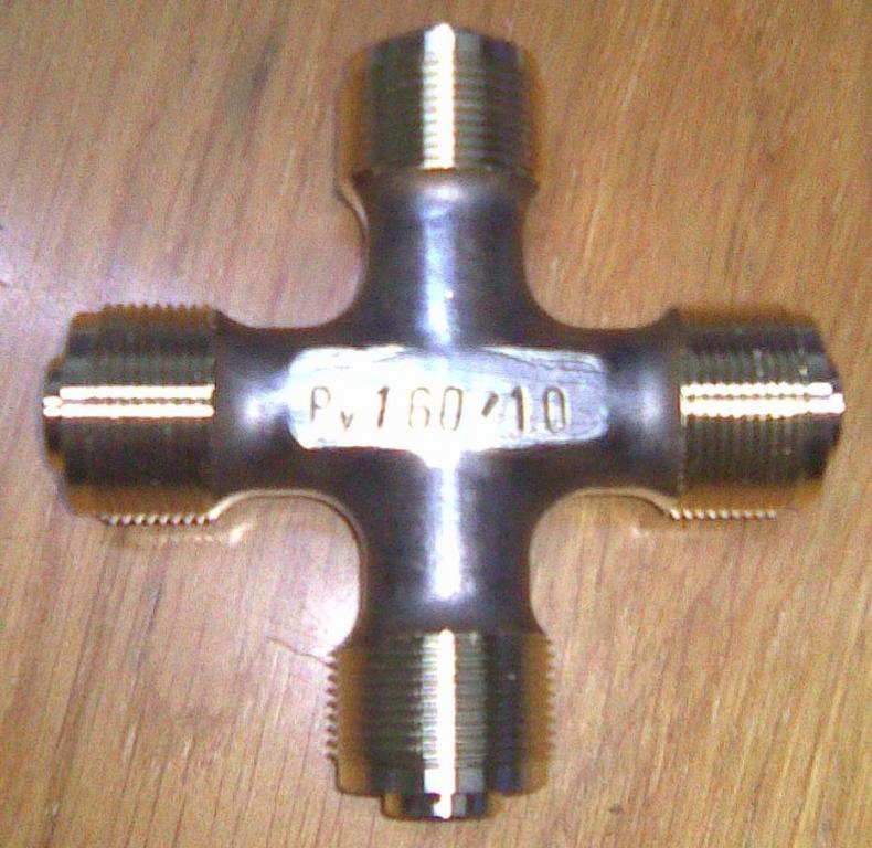 Трубная крестовина