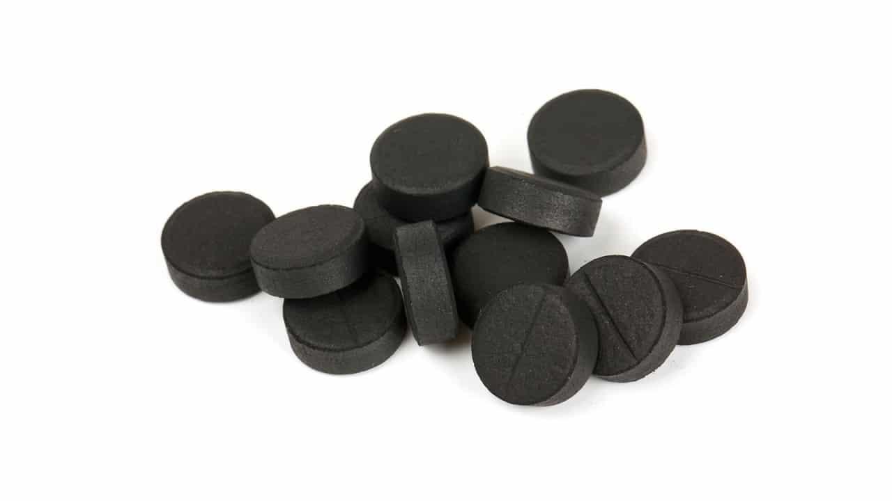 Активированный уголь впитывает запахи