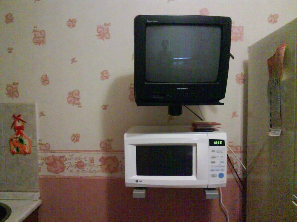 СВЧ и телевизор