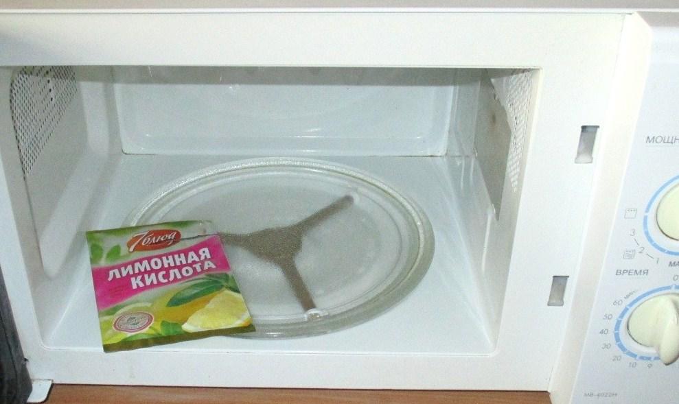 Лимонная кислота хорошо подойдет для чистки